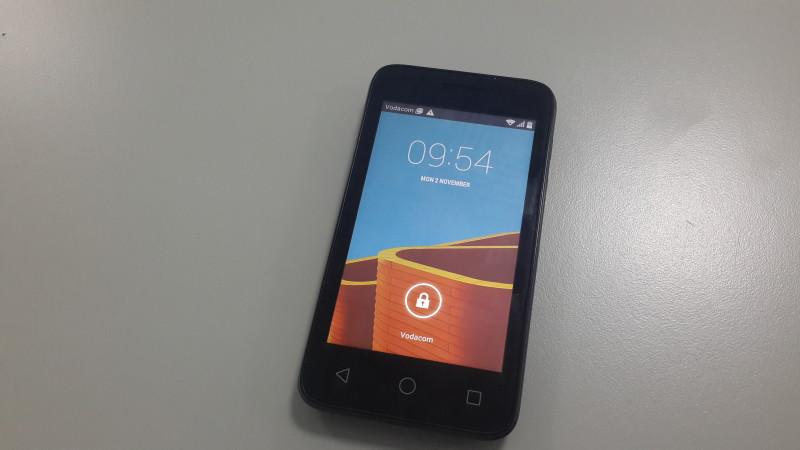 Simu ya Vodacom Smart 6