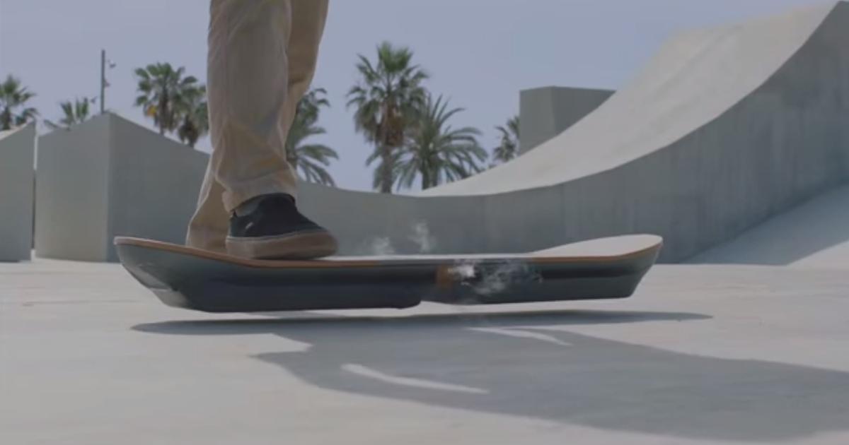 635707501231388509-Lexus-hoverboard